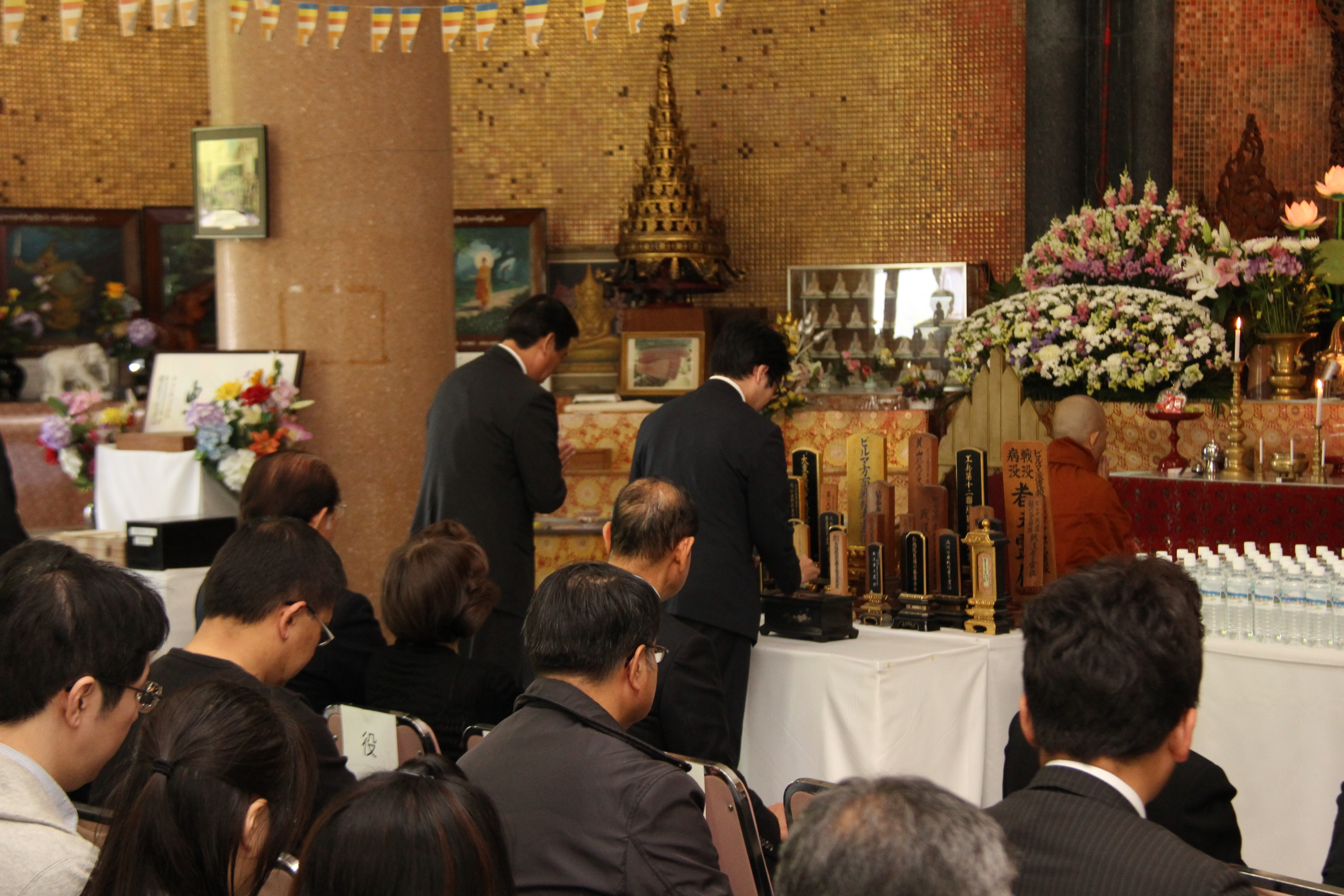 http://worldpeace-pagoda.net/news/images/IMG_3917.JPG
